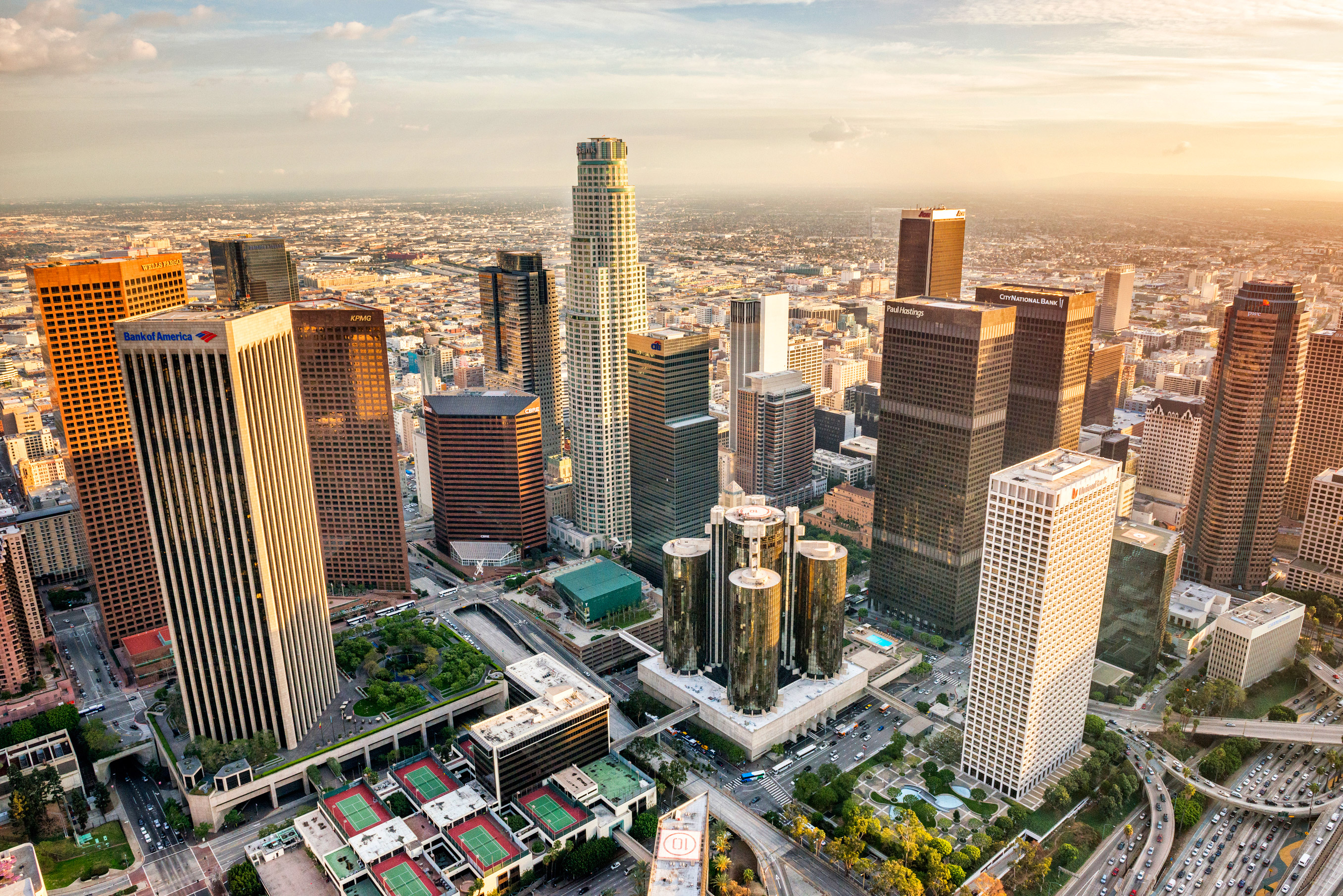Aerial-View-of-Downtown-Los-Angeles-Skyscrapers